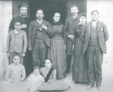 Family of José Mauro Luján (1840-1916) and Dolores Zubia (1843-1937)
