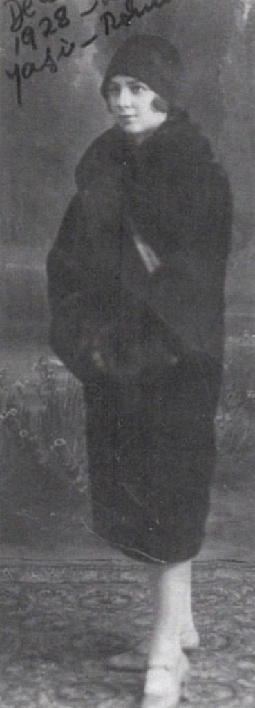 Lialia de Schwachheim, Tania's mother, in 1928