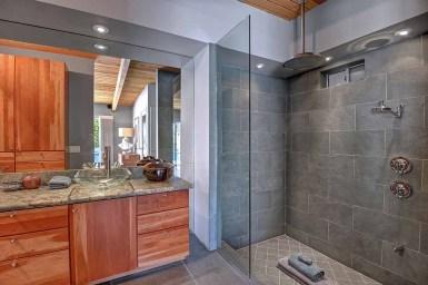 MASTER BATH SHOWER RS