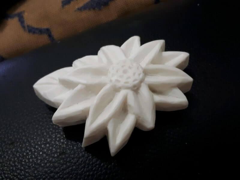 kerajinan bahan lunak bunga dari sabun