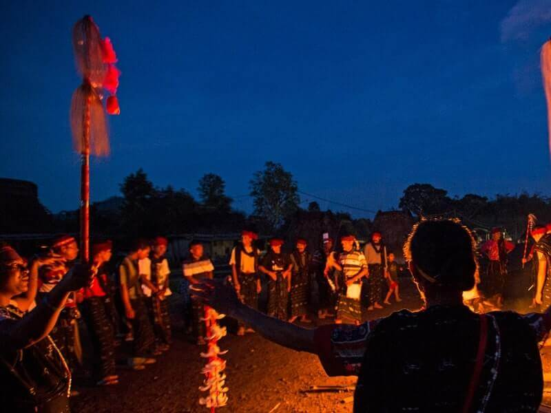upacara adat reba
