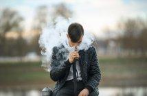 vaping-smoke