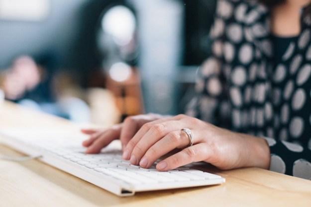 8 ways side hustle robinson