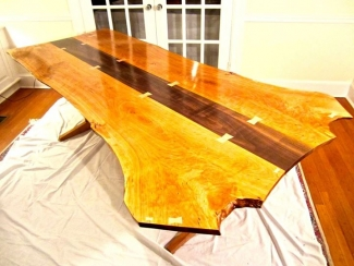Seal Wood Table