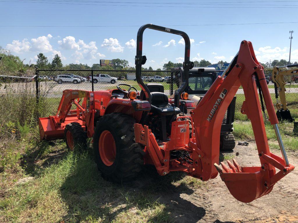 Kubota Tractor With Backhoe