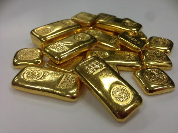 In Gold investieren - sicherer Hafen oder totes Metall?