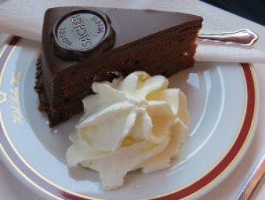 sacher-cake-1280575