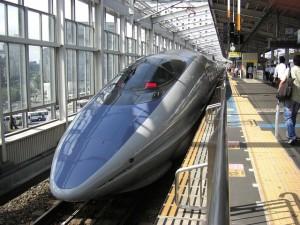 bullet-train-66091_640