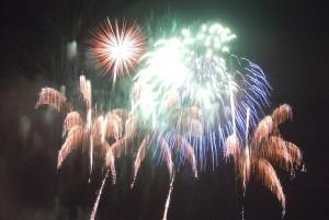 fireworks-1203586_640
