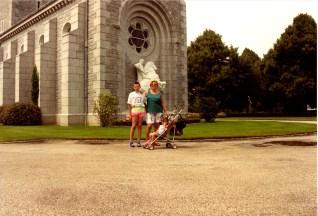 1990 (23)