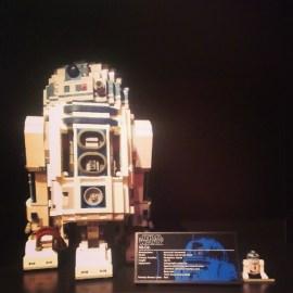 Lego R2-D2