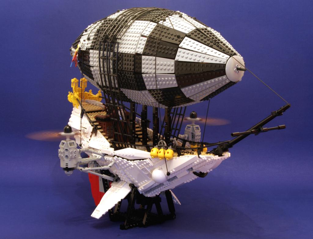 Steampunk airship  Genes Worlds