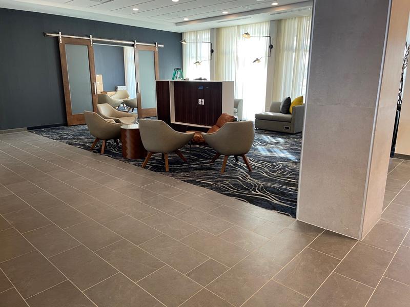 Courtyard-by-Marriott-Pensacola-West-Courtyard-Lobby-2