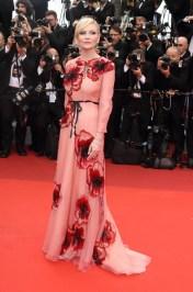 Kirsten Dunst en Gucci et bijoux Chopard