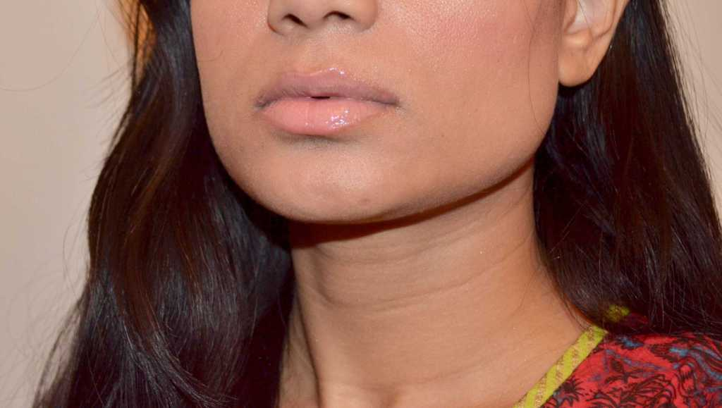 swatch Marc Jacobs lip gloss