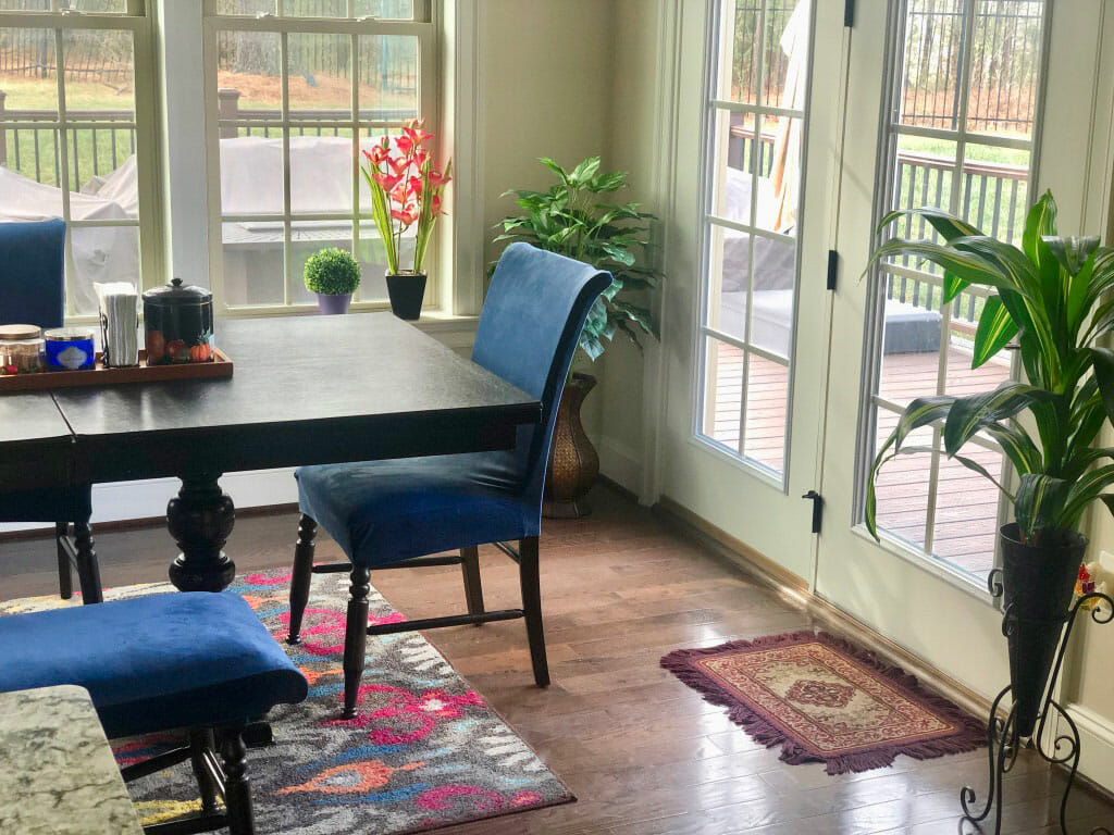 morning room decor with green plants