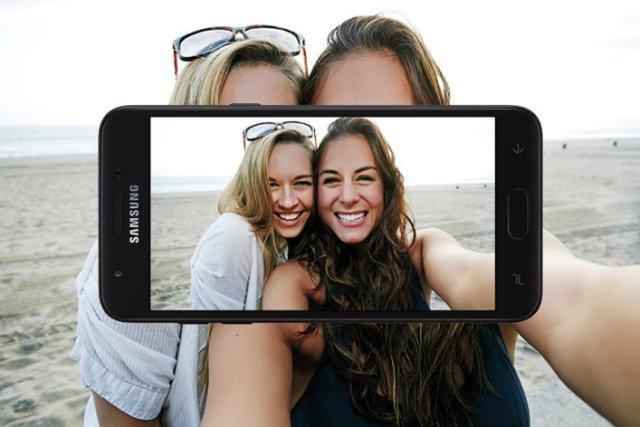 Samsung J3(2018) Camera