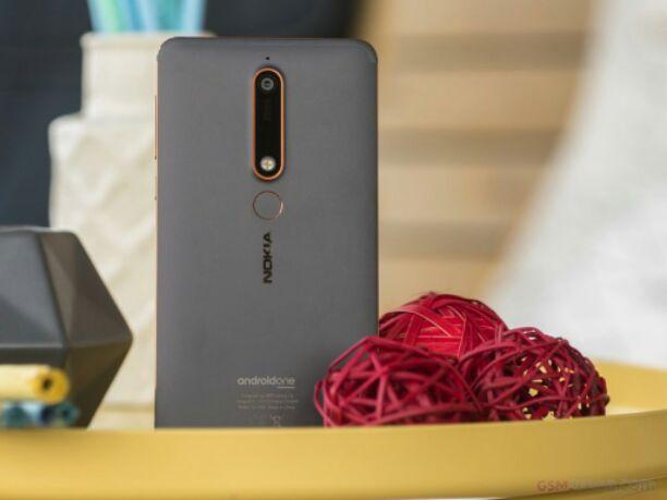 Nokia 6.1 design