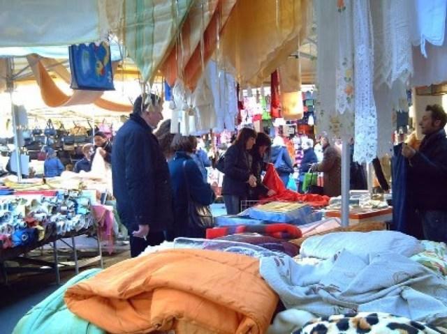 mercato_merci_varie