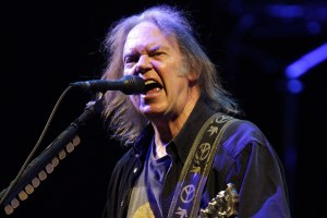 neil-young_AAP_1200