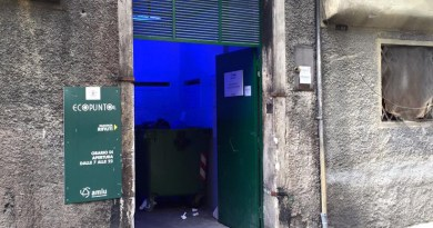 Ecopunto piazza di Santa Sabina Ghetto