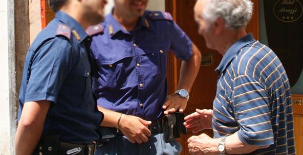 falsa polizia anziani