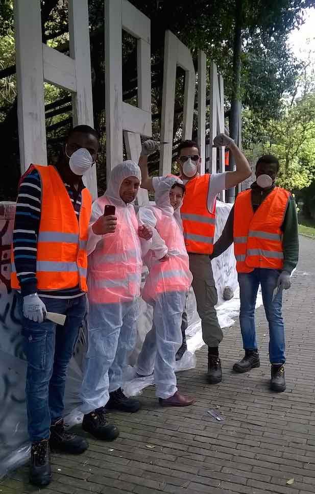 Giardini di plastica migranti lavori