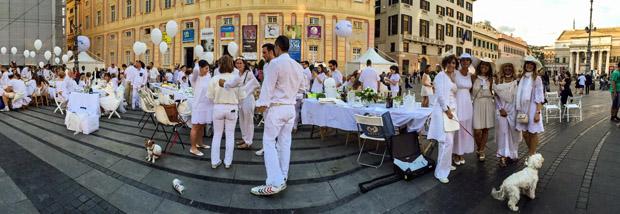 cena in bianco panoramica