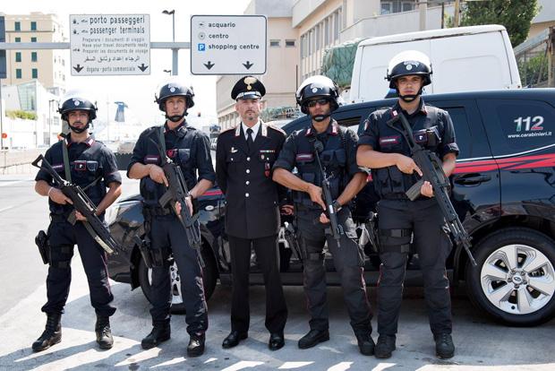 Risultati immagini per foto di super carabinieri