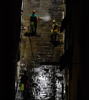 pulizia strade notturna