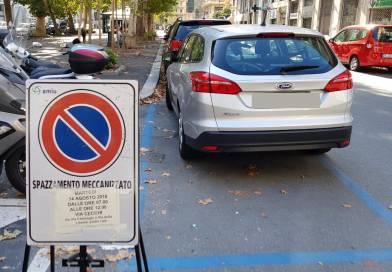 """Spazzamenti meccanizzati e rischio di rimozione per le auto posteggiate """"per ferie"""""""