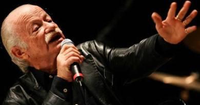Brutta caduta, Gino Paoli, 83 anni, annulla i concerti fino a metà settembre