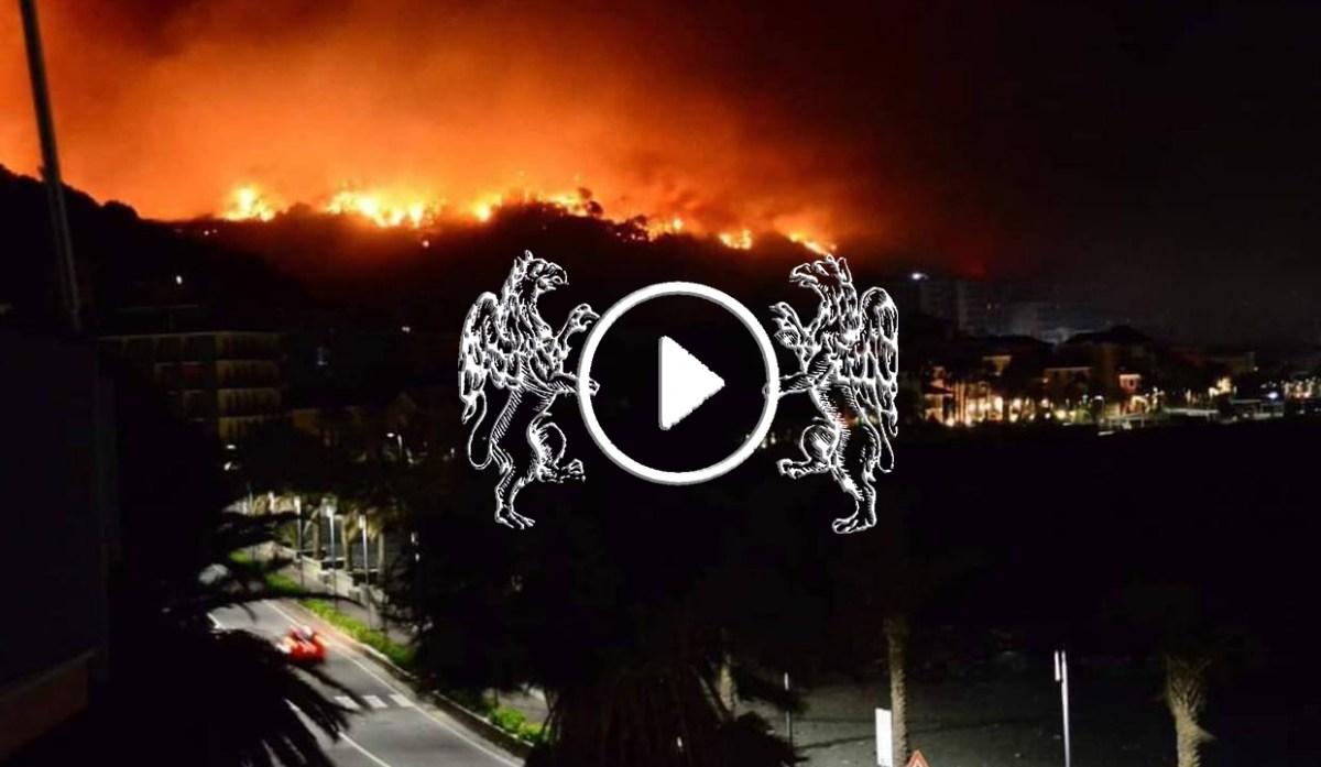 """L'inferno di Cogoleto, drammatica testimonianza: """"Aurelia in fiamme, non si respira"""""""