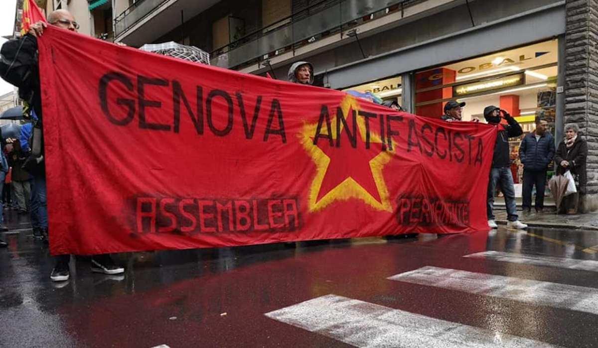 """Comizio Casapound, Genova Antifascista a Bucci: """"O lo ferma il Sindaco o lo fermeranno i genovesi"""""""