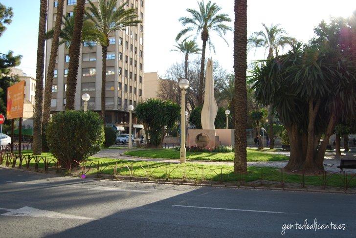 Alicante-monumento-a-las-fogueras