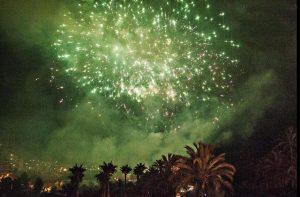 castillos-fuegos-artificiales-fiestas-agosto-elche-provincia-alicante-españa-4