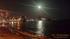 Luna-sobre-Alicante-gentedealicante.es