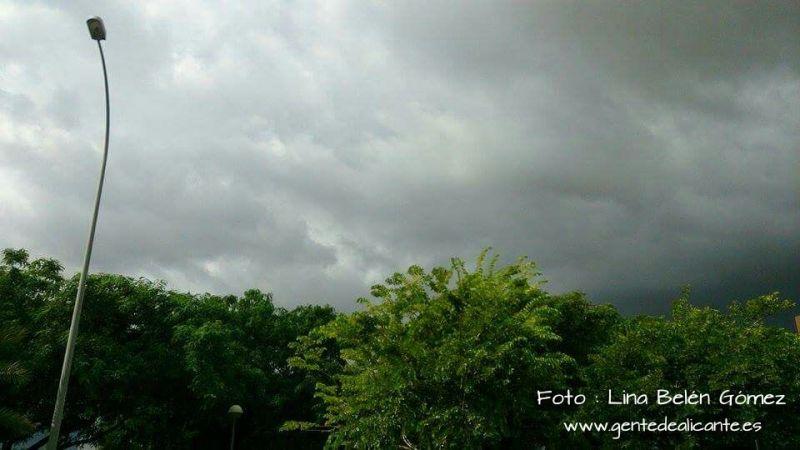 Alicante-nublado-cielo-lina-belen-gomez