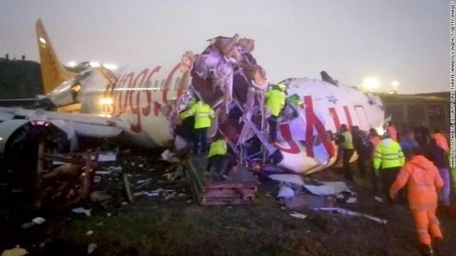 3 dead, many injured as plane skids off Istanbul runway