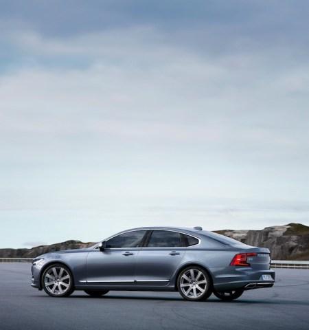 Rear Quarter Profile Volvo S90 Mussel Blue