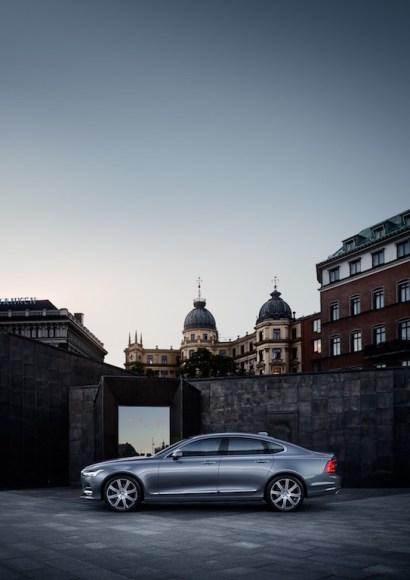 Location Profile Volvo S90 Mussel Blue