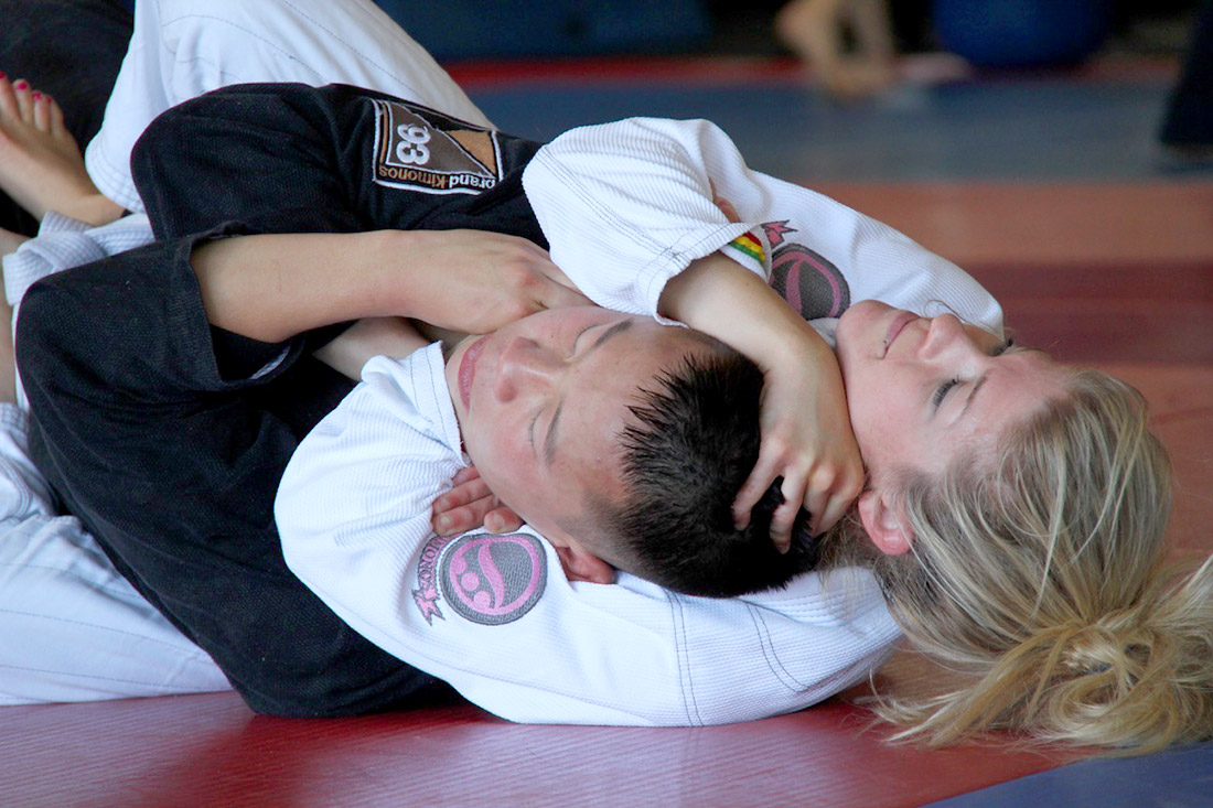 Top 5 Jiu Jitsu Street Fight Moves