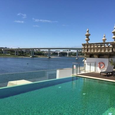 La vue sur les ponts et le Douro à la Pousada