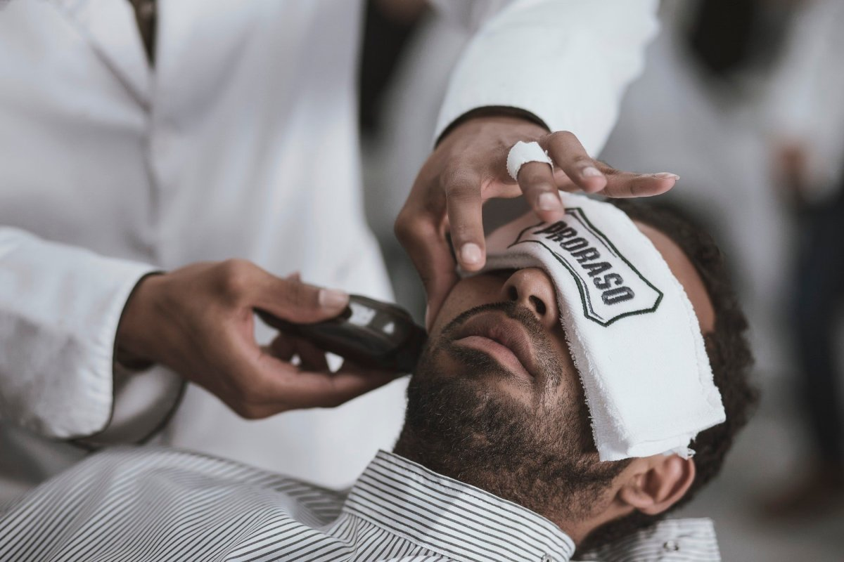 4 Tips to Grow Your Beard in 4 Weeks