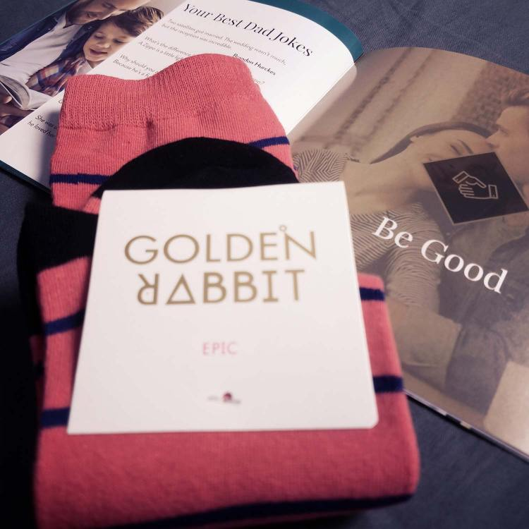 Golden Rabbit Socks | GENTLEMAN WITHIN