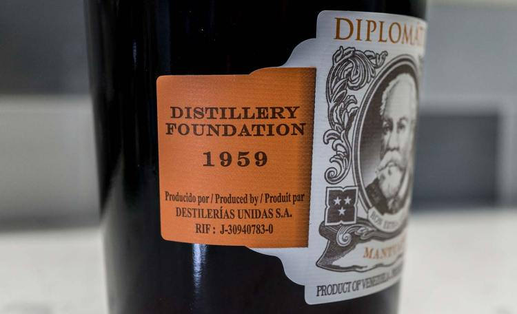 Mantuano Diplomatico Left Label Founded In 1959