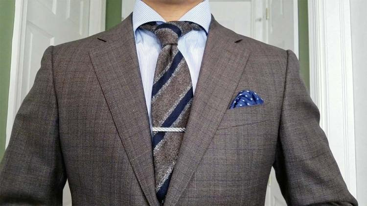 Look 1: Suit & Woolen Tie | GENTLEMAN WITHIN