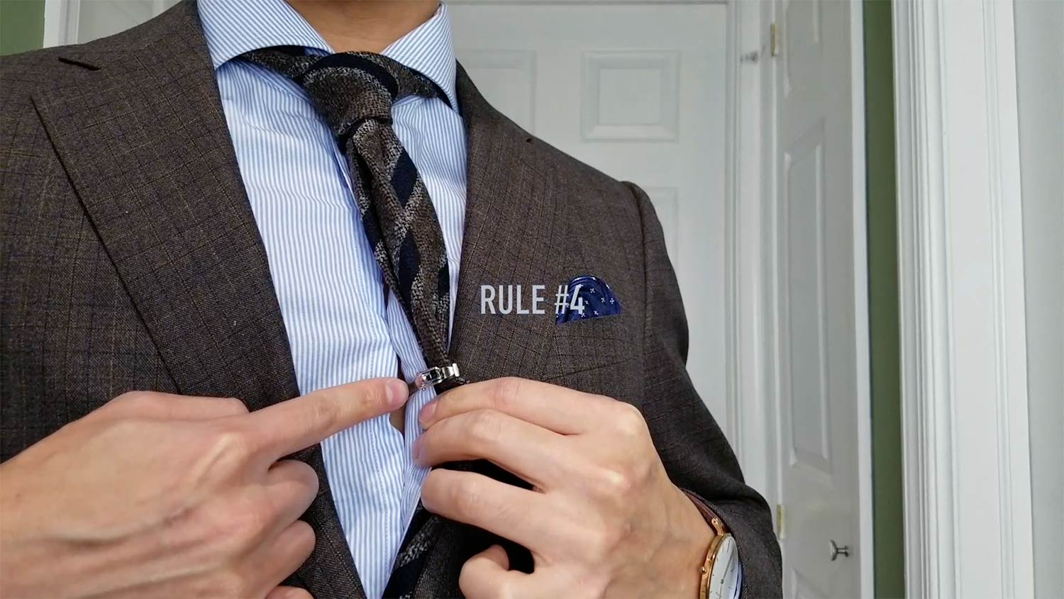 Tie Bar Rule 4: Keep It Functional | GENTLEMAN WITHIN