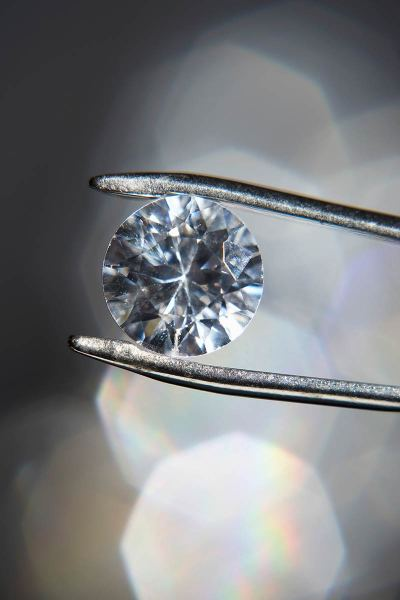 Diamond Carat Total Weight | GENTLEMAN WITHIN