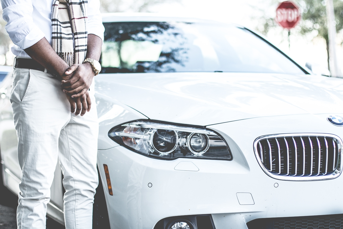 These are the top 10 car skills every gent needs to know!